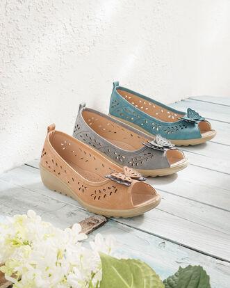Flexisole Butterfly Trim Shoes