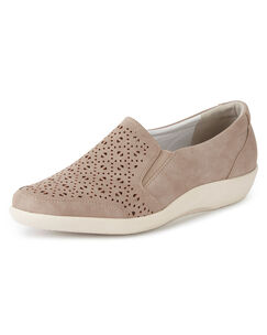 Lightweight Cushion Support Slip-on Shoes