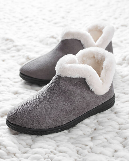 Pull-on Plush Lined Booties