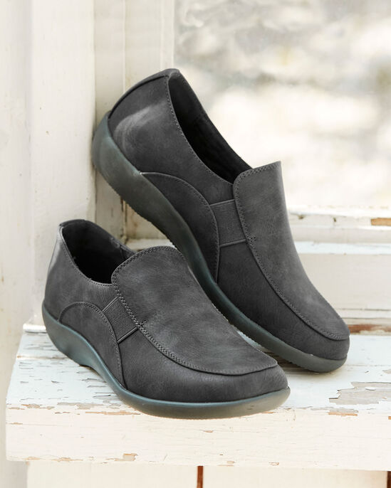 Lightweight Cushion Support Slip On Shoes