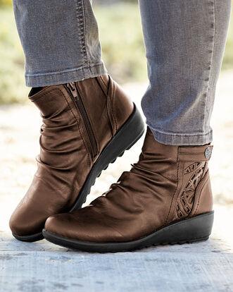 Flexisole Cut-out Detail Boots