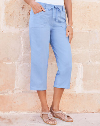 Wrinkle Free Pull-on Crop Pants