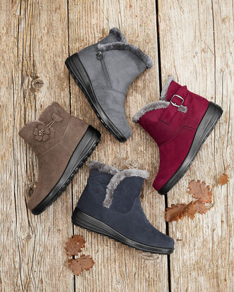 Side Buckle Snug Boots
